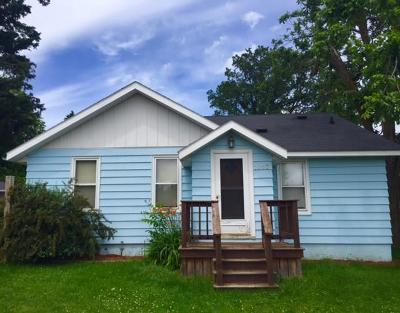 RICE LAKE Single Family Home For Sale: 1007 Augusta Street