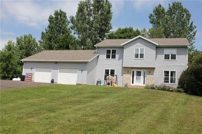 Menomonie Single Family Home For Sale: N7130 525th Street
