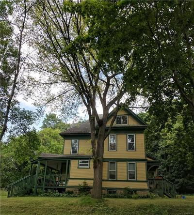 Menomonie Multi Family Home For Sale: 820 11th Street #1