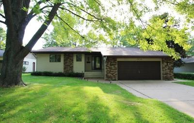 RICE LAKE Single Family Home For Sale: 1519 Lakeshore Drive