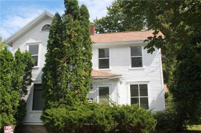 Multi Family Home Active Offer: 914 7th Street