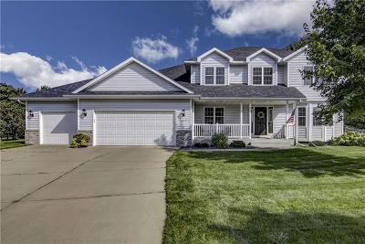 Eau Claire Single Family Home For Sale: 1027 Willow Green Circle