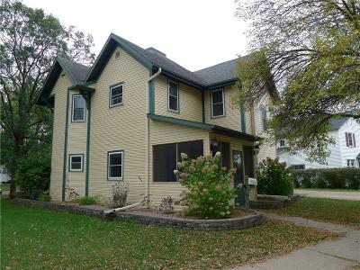 Chippewa Falls Single Family Home For Sale: 617 Coleman Street