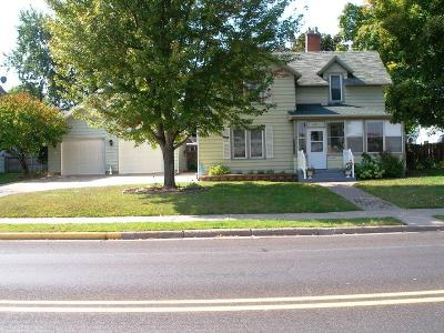 Cumberland Single Family Home For Sale: 1525 2nd Avenue