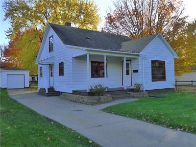 Chippewa Falls Single Family Home Active Offer: 821 Stanley Street