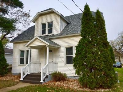 Black River Falls Single Family Home For Sale: 913 Pierce Street