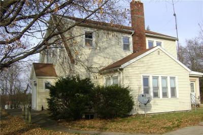 Black River Falls Single Family Home For Sale: 304 E Lincoln Street