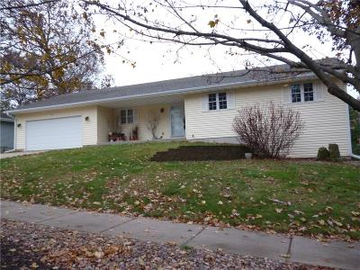 Eau Claire Single Family Home Active Offer: 2815 Trinity Street