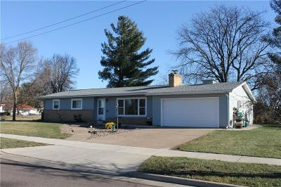 Eau Claire Single Family Home Active Offer: 2905 Ellis Street