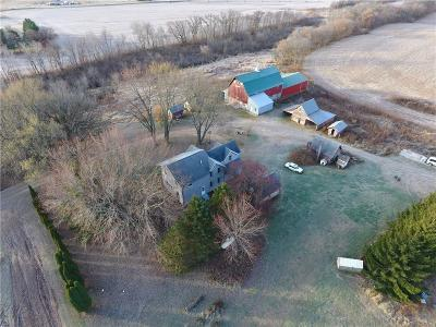 Colfax WI Single Family Home For Sale: $199,900