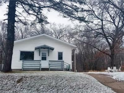 Eau Claire Single Family Home Active Offer: 902 Garden Street