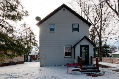 Cameron WI Single Family Home For Sale: $95,500