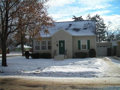 Chippewa Falls Single Family Home Active Offer: 603 W Cedar Street