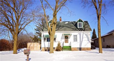 Chippewa Falls Single Family Home Active Offer: 302 Morris Street