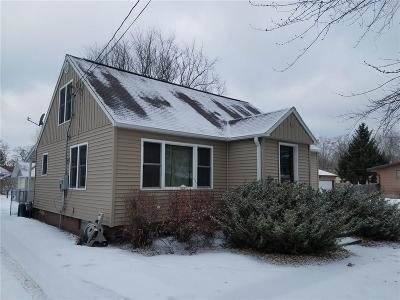 Black River Falls Single Family Home Active Offer: 123 S 10th Street