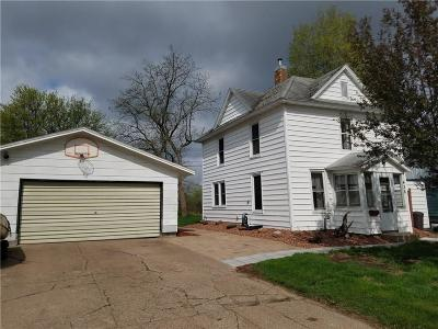 Chippewa Falls Single Family Home For Sale: 426 Chippewa Street