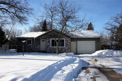 Eau Claire Single Family Home For Sale: 3218 Midway Street