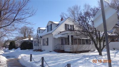 Eau Claire Single Family Home For Sale: 1705 Birch Street