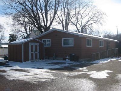Menomonie WI Single Family Home For Sale: $119,900