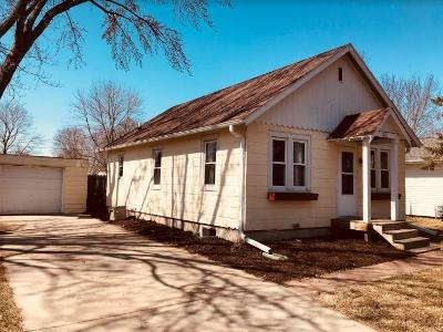Eau Claire Single Family Home For Sale: 3426 Midway Street