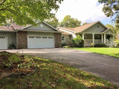 Eau Claire Single Family Home For Sale: W955 Hemlock Road