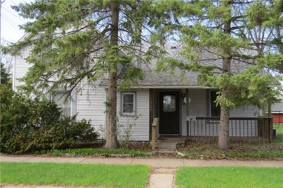 Chippewa Falls Single Family Home For Sale: 320 E Linden Street