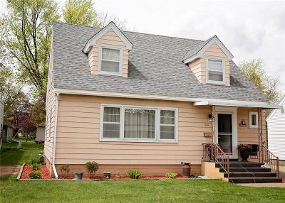 Eau Claire Single Family Home Active Offer: 614 Wagner Street