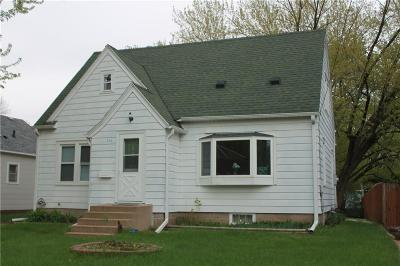 Eau Claire Single Family Home Active Offer: 713 Morningside Drive