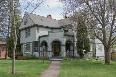 Chippewa Falls Single Family Home Active Offer: 501 Superior Street