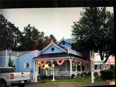 Clark County Single Family Home For Sale: 100 S Washington Street