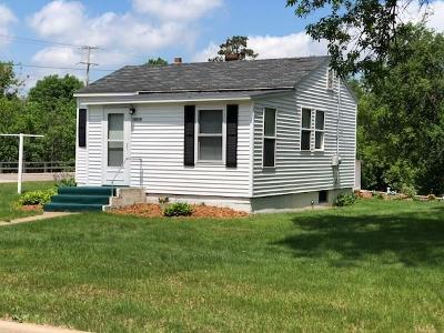 Osseo Single Family Home For Sale: 13618 14th St