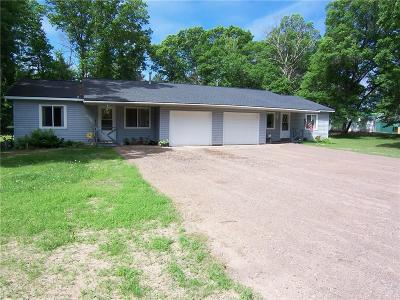 Siren WI Single Family Home Active Offer: $138,800