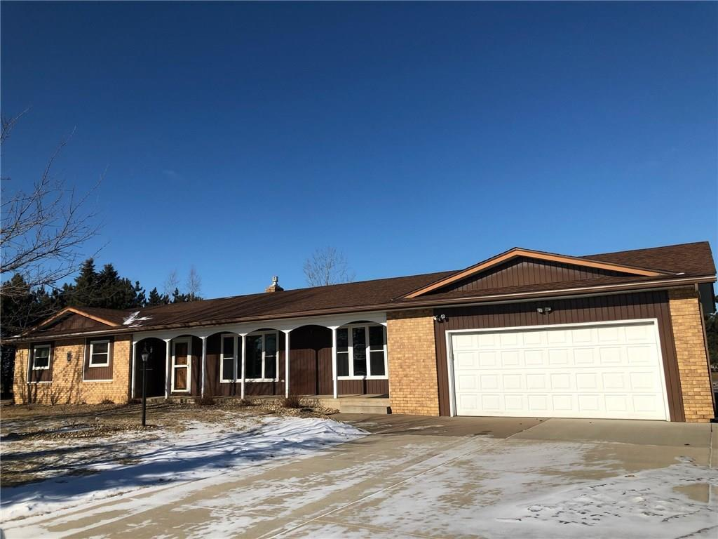 3 bed / 2 full, 1 partial baths Home in Chippewa Falls for $254,900