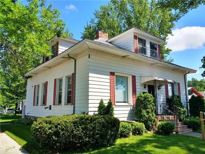 Chippewa Falls Single Family Home For Sale: 821 Pearl Street