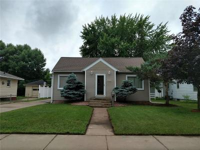 Eau Claire Single Family Home For Sale: 1809 Highland Avenue