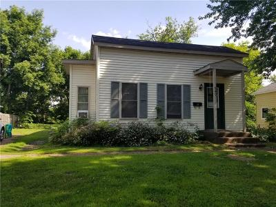 Chippewa Falls Single Family Home For Sale: 949 W Willow Street