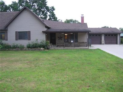 Jackson County, Clark County Single Family Home For Sale: 120 N Depot Street