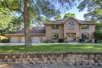 Eau Claire Single Family Home For Sale: 3702 Timber Trails Court