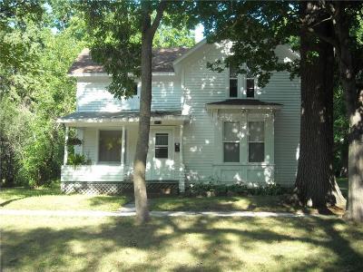 Menomonie Multi Family Home For Sale: 1012 10th Street #1 & 2