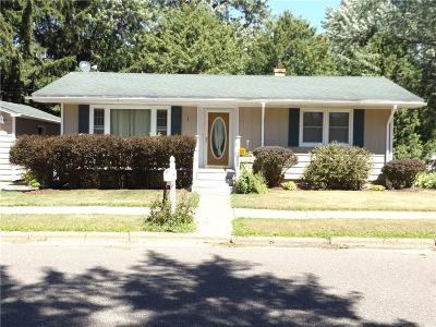 Chippewa Falls Single Family Home Active Offer: 781 Terrill Street