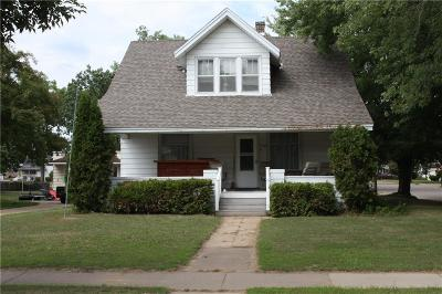 Osseo Single Family Home For Sale: 13500 7th Street