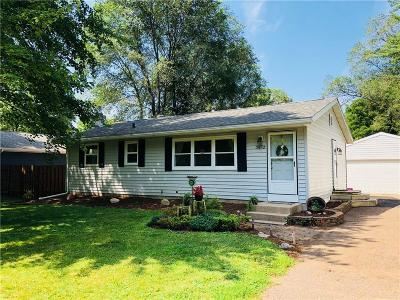 Eau Claire Single Family Home For Sale: 3612 Riverview Drive