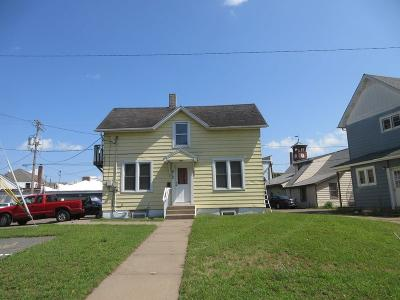 Menomonie Single Family Home Active Offer: 612 2nd Street