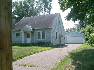 Eau Claire Single Family Home For Sale: 2223 Vine Street