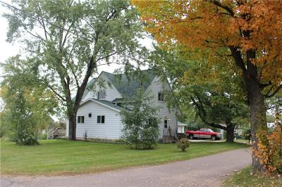 Chippewa Falls Single Family Home For Sale: 17 W Walnut Street