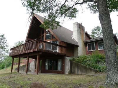 Danbury Single Family Home For Sale: 31245 Staples Lake Road