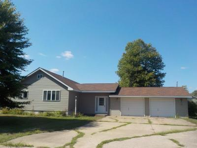 Siren WI Single Family Home Active Offer: $109,000