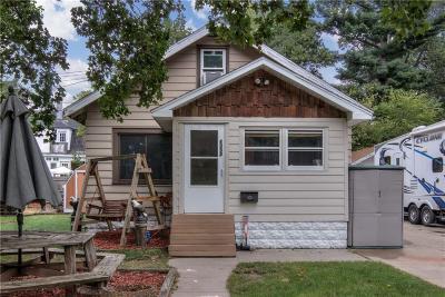 Eau Claire Single Family Home For Sale: 1332 Woodland Avenue