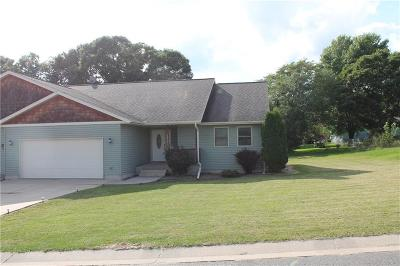 Jackson County, Clark County Single Family Home For Sale