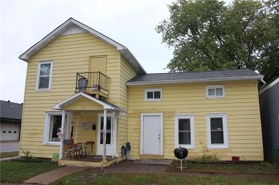 Menomonie Single Family Home Active Under Contract: 1001 6th Avenue #1